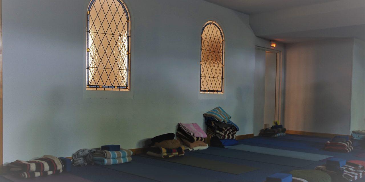 El observador de la luz de yoga