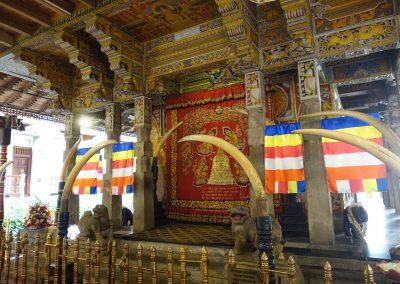 Kandy. Templo del diente de Buda
