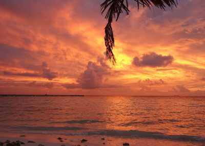 Puesta de sol en Fun Island